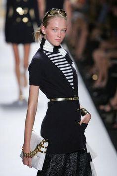 Pretty--I would wear it :D