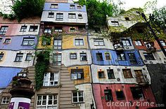 THE HUNDERTWASSER HOUSE VIENNA