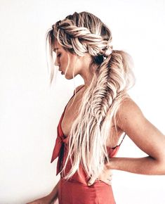 >>>Cheap Sale OFF! >>>Visit>> Gorgeous Fishtail Braid Styles You Must Try in 2019 You can see here our most valuable and amazing ideas of fishtail braids for long hair to show off right now. This is one of the best braid styles for every woman to wear in Braided Ponytail Hairstyles, Bohemian Hairstyles, Pretty Hairstyles, Boho Hairstyles For Long Hair, Hairstyle Ideas, Braid Hairstyles For Long Hair, Side Braids For Long Hair, Wild Hairstyles, Wedding Hairstyles