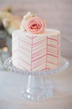 Tartas de cumpleaños - Birthday Cake - Thin Pink Chevron Stripes on One Tier Cake Pretty Cakes, Cute Cakes, Beautiful Cakes, Amazing Cakes, Sweet Cakes, One Tier Cake, Single Tier Cake, 13 Desserts, Watercolor Cake