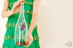 Floral Home Décor out of Wine Bottle