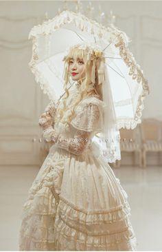 Penny House -The Snow Queen- Luxurious Lolita Jumper Dress,Lolita Dresses, Harajuku Fashion, Kawaii Fashion, Lolita Fashion, Cute Fashion, Fashion Boots, Fashion Fashion, High Fashion, Estilo Lolita, Kawaii Dress