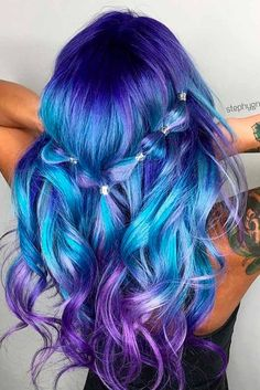 21 Trendy Styles For Blue Ombre Hair in 2018 Bright hair color Damen Haare Pretty Hair Color, Hair Color Blue, Blue Hair Streaks, Blue Purple Hair, Gray Hair, Hair Color For Kids, Dyed Hair Blue, Beautiful Hair Color, Purple Sky