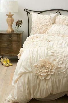 Cream colored comforter