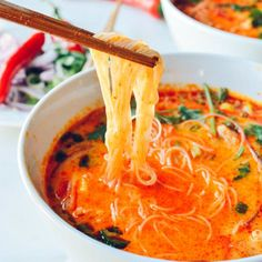15 Minute Coconut Curry Noodle Soup-  a rich red curry broth, chicken, fresh veggies - so easy!