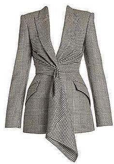 Alexander McQueen Womens Prince Of Wales Drape Jacket Blazer Fashion, Hijab Fashion, Fashion Outfits, Womens Fashion, Fashion Coat, Suits For Women, Jackets For Women, Clothes For Women, Look Blazer