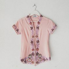 Batik Solo, Kebaya, Embroidery, Needlepoint, Kebaya Muslim, Crewel Embroidery, Embroidery Stitches