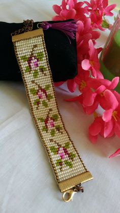 Seed Bead Patterns, Beaded Jewelry Patterns, Beading Patterns, Seed Bead Necklace, Beaded Earrings, Loom Flowers, Bead Loom Bracelets, Tear, Bead Jewellery