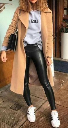 16 Trendy Autumn Street Style Outfits For 2018 - Martin D. - - 16 Trendy Autumn Street Style Outfits For 2018 Street style outfits! Street Style Outfits, Looks Street Style, Autumn Street Style, Mode Outfits, Winter Style, Street Style Edgy, Dress Outfits, Autumn Style, Edgy Chic Outfits