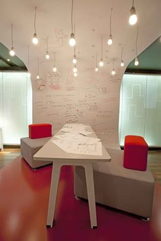 Open Office – Espacio corporativo para pensar, producir y comunicar http://www.espaciotradem.com/open-office-espacio-corporativo-para-pensar-producir-y-comunicar/