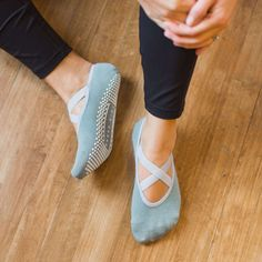 Who wouldn't love cute new barre socks? We love to wear these at barre, yoga, Pilates, and around the house. With these grip socks, you can finally get a good grip during plank!   https://www.barregirl.com/collections/all-products/products/daphne-cross-strap-low-rise-grip-sock-in-lead #yogasocks