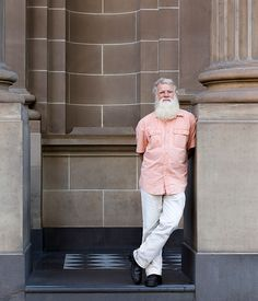Bruce Pascoe investigates if Indigenous Australian's may have been baking cakes…
