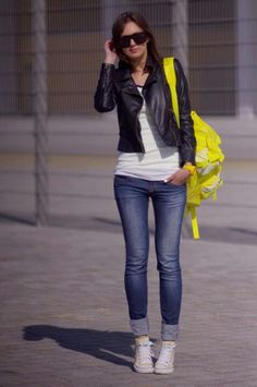 Ootd - I like the rolled up jeans with converse idea