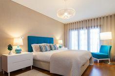 Descubra fotos de Quartos modernos: Suite . Encontre em fotos as melhores ideias e inspirações para criar a sua casa perfeita.