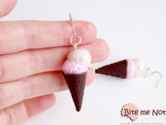 Ice cream cones strawberry-cookies! -Silver plated hook earrings!  -Chocolate flavoured ice cream cones with strawberry and cookies ice cream scoops!
