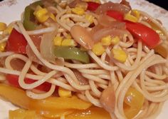 Photo Spaghetti, Pasta, Ethnic Recipes, Spaghetti Recipes, Soy Sauce, Casserole, Almonds, Ethnic Food, Yellow