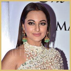 Sonakshi Sinha in Manish Malhotra sheer saree, Mijwan Fashion Show 2018, Appearances