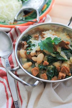 White Bean Stew with Chorizo and Kale ~ A Spanish style soup with the bold flavor of smoked Spanish chorizo. Feels like you're sitting in Spain when you enjoy a bowl of this! Spanish Style, Spanish Food, Chorizo Soup, Bean Stew, Slow Cooker Soup, Dinner Salads, Healthy Soup Recipes, Easy Salads, White Beans