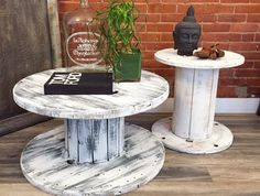 New Industrial Spool Tables Coffee Table Toronto - Qoster Wooden Cable Spools, Wooden Spool Crafts, Wooden Pallet Projects, Pallet Crafts, Woodworking Projects Diy, Wooden Pallets, Wooden Diy, Wood Spool Furniture, Wood Spool Tables