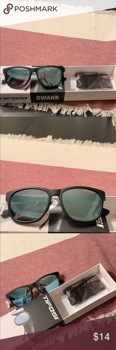 5b3bea7344 8 Best Tifosi Sunglasses images