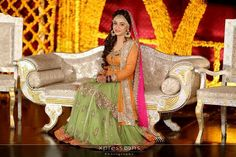 Pakistani Mehndi Dress, Dulhan Dress, Bridal Mehndi Dresses, Pakistani Wedding Dresses, Pakistani Outfits, Pakistan Bride, Lahore Pakistan, Mehndi Brides, Asian Bridal