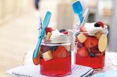 Kids and adults alike will love these jam jar jelly puddings packed with summery berry and elderflower flavours. Wedding Jars, Wedding Ideas, Cordial Recipe, Elderberry Recipes, Eton Mess, Tesco Real Food, Deli Food, Baking Set, Summer Berries