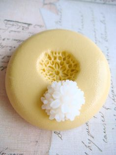 Tiny Chrysanthemum - Flexible Silicone Mold - Push Mold, Jewelry Mold, Polymer Clay Mold, Resin Mold, Craft Mold, Food Mold, PMC Mold