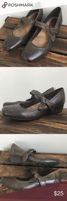Earth Origins Brown Leather Mary Janes These darling, genuine leather, distressed Mary Jane shoes from Earth Origins feature Velcro straps and bow accent. Many scuff marks (see last photo). Size: 8.5. Earth Origins Shoes
