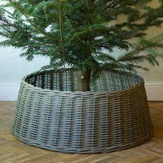 Wicker Basket Tree Skirt Black