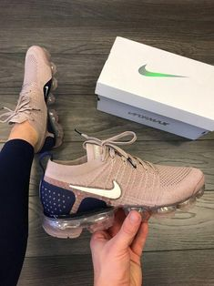 Nike Air VaporMax Flyknit - Sneakers Nike - Ideas of Sneakers Nike - Gender: WomenItem Type: ShoesInsole Material: Rubbervamp Material: microsuede-trimmed Moda Sneakers, Cute Sneakers, Shoes Sneakers, Girls Sneakers, Women's Shoes, Jordan Sneaker, Souliers Nike, Sneaker Store, Hype Shoes