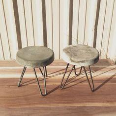 Cemento y madera dustrial reclaimed Modern Concrete stool. Concrete Stool, Concrete Furniture, Concrete Design, Recycled Furniture, Cool Furniture, Concrete Crafts, Concrete Projects, Diy Stool, Cement Art