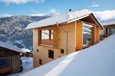 Шикарный домик в горах.  #строительство #дизайн #архитектура #природа #красота #особняк #профнастил #фасад #кровля #отделка #стройка #ОООБазисПрофнастил