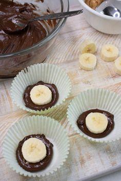 3 Ingredient Weight Watchers Dessert – The BEST Weight Watchers Recipe – Chocolate Peanut Butter Banana Bites {Easy – No Bake} Healthy Sweet Snacks, Healthy Dessert Recipes, Ww Recipes, Dessert Food, Recipies, Healthy Eating, Weigt Watchers, Ww Desserts, Banana Bites