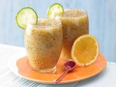 Exotischer Gurken-Drink - mit Papaya und Orange - smarter - Kalorien: 125 Kcal - Zeit: 10 Min. | eatsmarter.de Gurke hat kaum Kalorien und schmeckt.