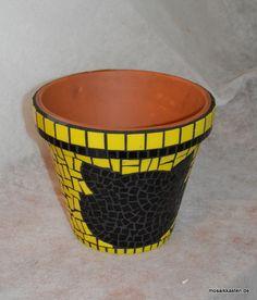 ber ideen zu mosaik blument pfe auf pinterest mosaikt pfe mosaik und mosaikkunst. Black Bedroom Furniture Sets. Home Design Ideas