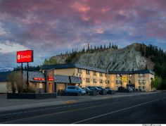 Ramada Whitehorse in Whitehorse, Yukon Territory had reliable, easy-to-connect with WiFi, a travel must. Yukon Canada, Yukon Territory, Hotels And Resorts, The Good Place, Things To Do, Beautiful Places, Scenery, Places To Visit, America