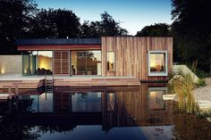 New Forest House / PAD studio Architects: PAD studio  Location: New Forest National Park, UK  Project Architects: Perring Architecture and Design  Design Team: Wendy Perring, Darren Bray  Area: 120 sqm  Year: 2009  Photographs: Courtesy of PAD Studio