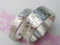 """Eheringe """"EWIG- JETZT"""" Steinstruktur Pink Saphir"""