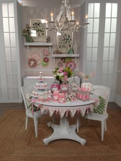 HSN set for the Cricut Explore world launch with projects cutout from Anna Griffin's party soirees!