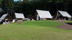 #viking #keltendorf @strega_ingosdottir #valravnontour Keltendorf in der Nähe von Freisen entdeckt. Belebt. Sehr sehr sehenwert. Vikings, House Styles, Instagram Posts, Middle Ages, The Vikings, Viking Warrior