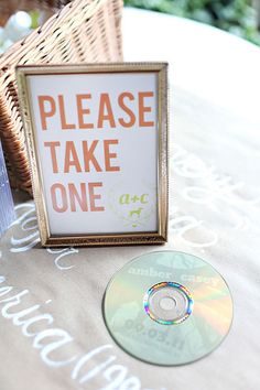 give CD's of your favorite music as wedding favors - Darling Stuff Unusual Wedding Favours, Wedding Party Favors, Wedding Themes, Unique Weddings, Diy Wedding, Wedding Gifts, Dream Wedding, Wedding Decorations, Wedding Ideas