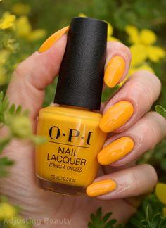 OPI Nagellack - Sonne, Meer und Sand in meiner Hose - - Yellow Nail Polish, Opi Nail Polish, Yellow Nails, Opi Nails, Nail Polish Colors, Nail Polishes, Gel Opi, Nagellack Trends, Lip Pencil