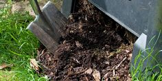Hochbeet selber bauen, diy, Kompost, Stallmist, Foto: M. Schuppich - Fotolia.com