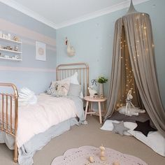 """She KILLS me this girl!! Once again the gorgeous Kate aka @littledwellings has created a masterpiece of a room for her daughter. What little princess…"""