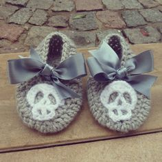 Baby Crochet Pattern Halloween Slippers PDF costume by bysol, $5.50, oh I want to make a pair of these in Black and White ^_^ How absolutely Baby Goth Cute are these??