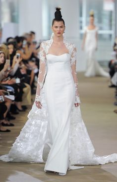 709006cb7f8b Ines Di Santo Just Showed the Spring 2018 Collection at Bridal Fashion Week