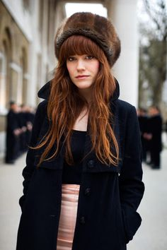 Red Hair Dye Shades For ideas for red hair color is a best red hair dye shades hair care tips modern hair color grate look women girls. Red Hair Dye Shades, Dyed Red Hair, Look Fashion, Girl Fashion, Ladies Fashion, Street Fashion, Pretty Red Hair, Tartan, Sartorialist