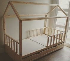 Perfect bed for a toddler with storage that can be used as a pull out bed for a sibling Toddler Floor Bed, Toddler Rooms, Baby Bedroom, Kids Bedroom, Montessori Bed, Baby Playroom, Pull Out Bed, Kids Room Design, Kid Beds