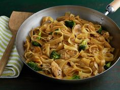 Cooking Channel serves up this Chicken Pad See Ew recipe plus many other recipes… Easy Thai Recipes, Asian Recipes, Dinner Recipes, Chinese Recipes, Chinese Food, Yummy Recipes, Pad See Ew, Food Network Recipes, Cooking Recipes