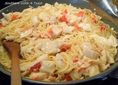 Crab Scampi (Southern With A Twist) - crab recipes Crab Meat Pasta, Seafood Pasta, Seafood Dinner, Pasta Scampi, Seafood Meals, Seafood Salad, Crab Dishes, Pasta Dishes, Food Dishes